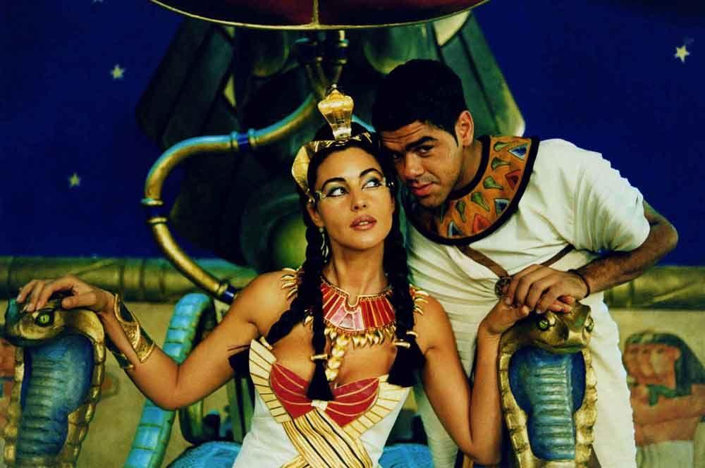 «Астерикс и Обеликс: Миссия Клеопатра» (2002) — Клеопатра.