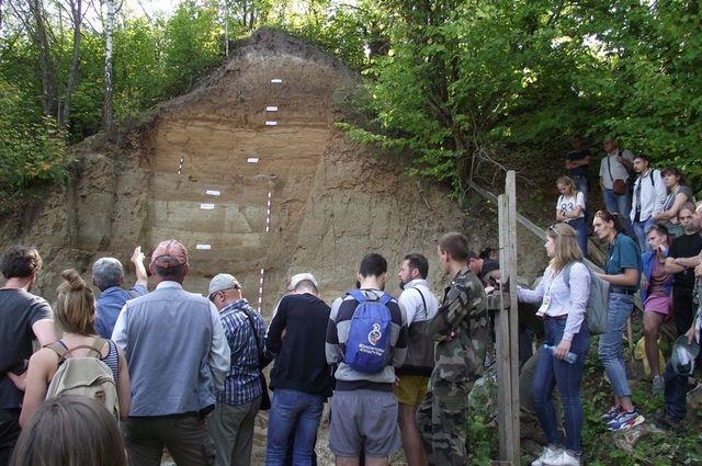 Геологические разрезы - это, по сути, древние архивы, которые можно «прочитать».