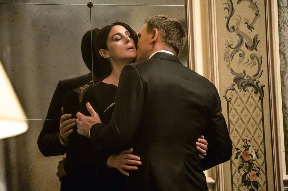 «007: Спектр» (2015) — девушка Бонда Люсия Скиарра.