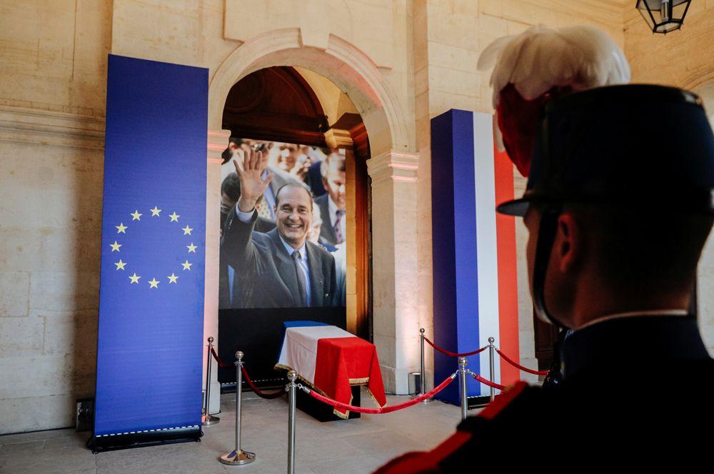 Прощание с Жаком Шираком в Доме инвалидов.
