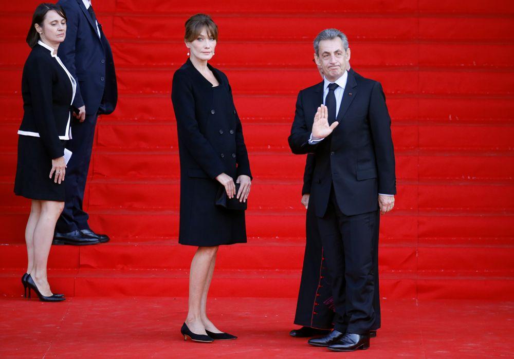 Бывший президент Франции Николя Саркози и его супруга Карла Бруни-Саркози.