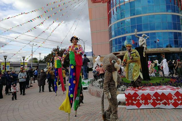 На этот раз поддерживает фестиваль не только региональное правительство и минкульт.