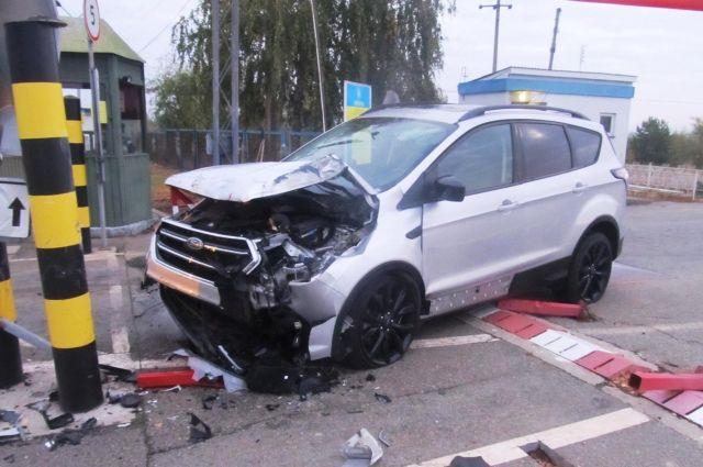 В Черниговской области пьяный водитель пытался прорвать границу с Беларусью