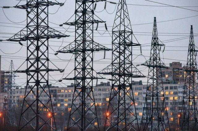 Из-за непогоды обесточено более 100 населенных пунктов Украины: детали