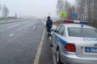 Гололед на дорогах может привести аварийным ситуациям.