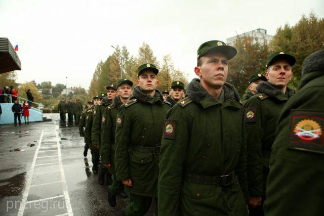 Если раньше довольствие служащих с 1 по 4 разряд в среднем не превышало 30-40 тысяч рублей, то сейчас оно увеличится до 35-50 тысяч.