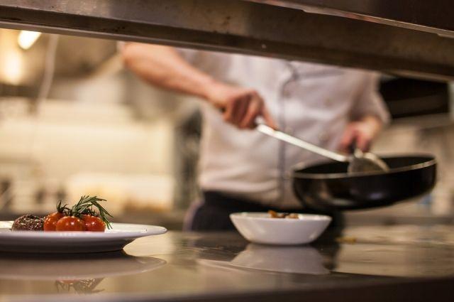 Блюда в кафе под Тюменью представляли угрозу для жизни посетителей