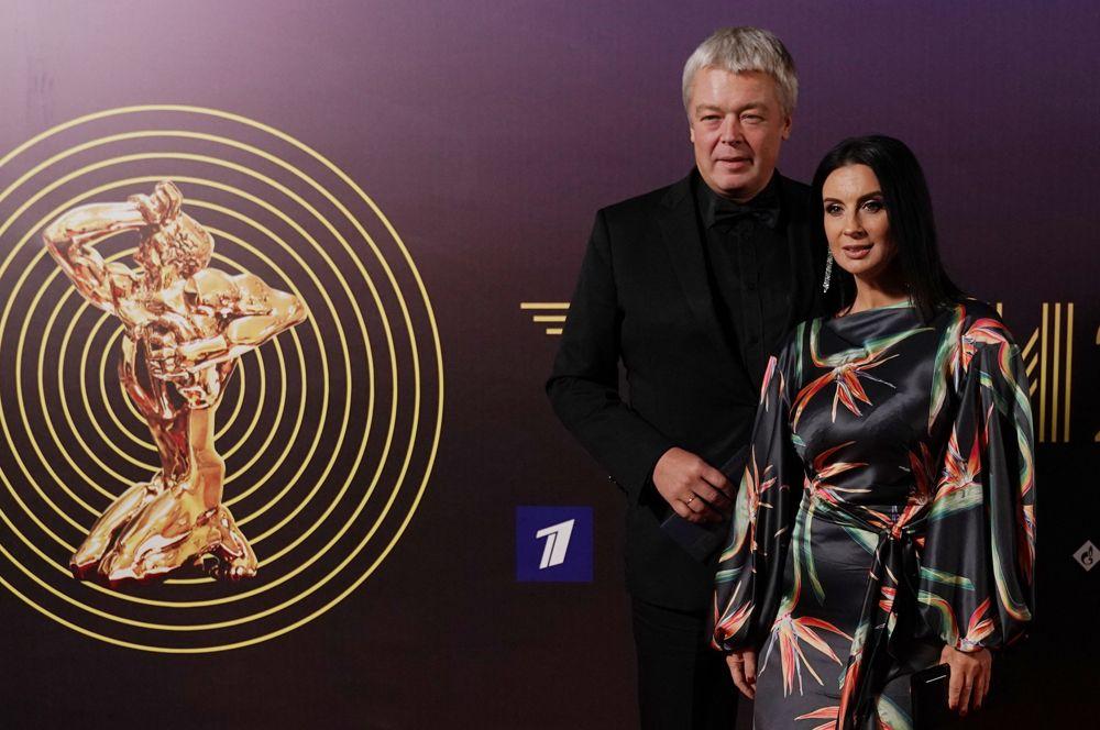 Режиссер и продюсер Александр Стриженов и его супруга актриса и телеведущая Екатерина Стриженова.