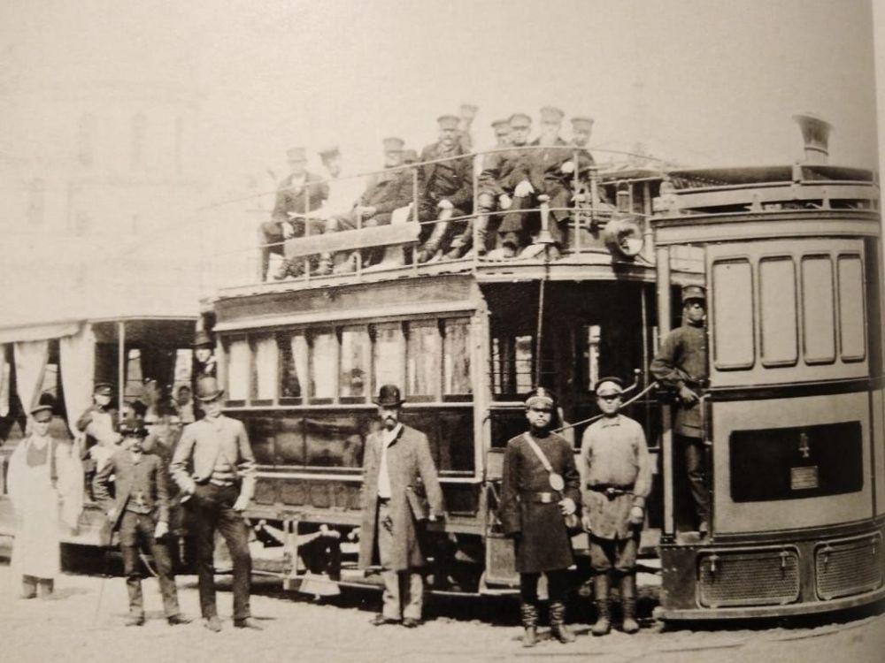 Паровой трамвай.