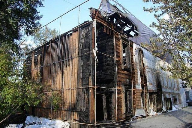 по предварительной версии, причиной возгорания стало неосторожное обращение с огнем