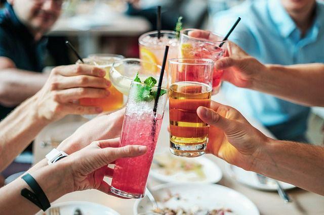 50% всех преступлений против личности и 70% серьёзных ДТП совершается людьми в состоянии алкогольного опьянения.