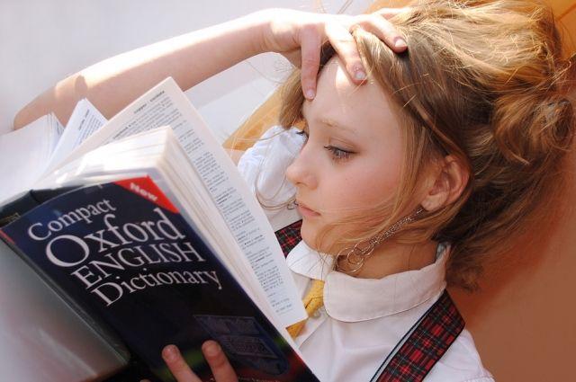 Где найти время на второй иностранный, когда ученик и так завален школьными дисциплинами?