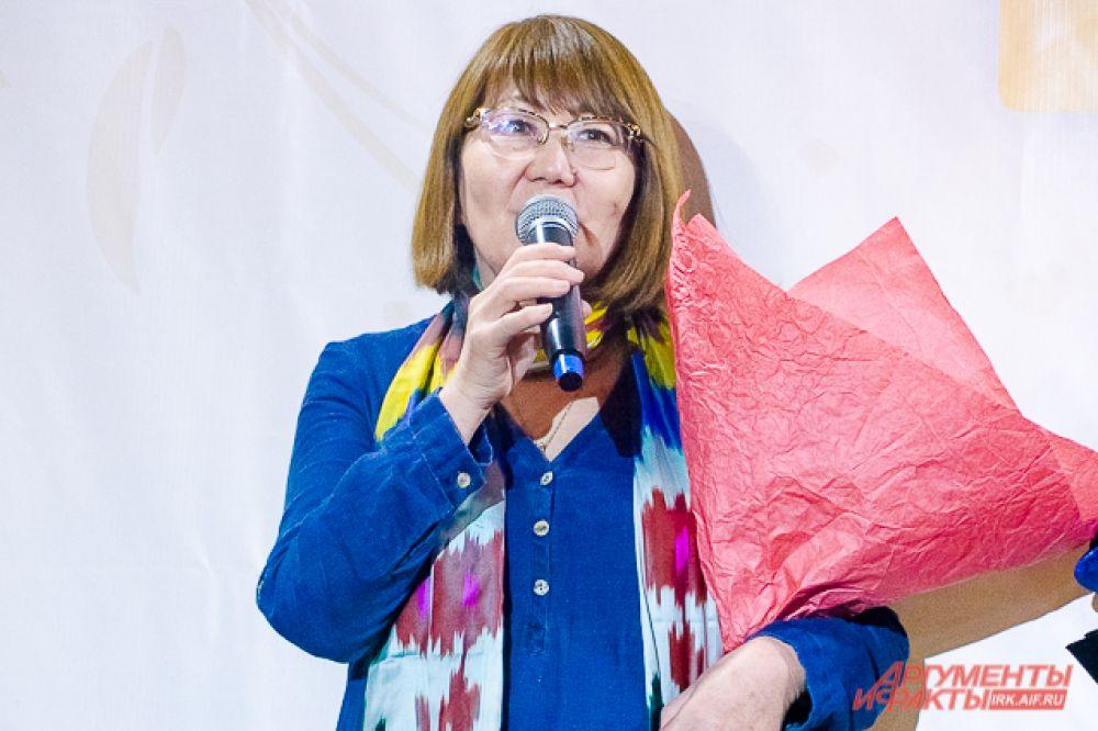 По мнению организатора мероприятия Розы Халтуевой, подобные фестивали очень важны для современных людей, поскольку через костюм и моду молодежь сохраняет и укрепляет связь со своей историей и предками.