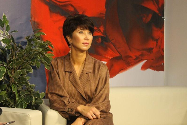 В выставке приняла участие звездный визажист Ольга Токмакова
