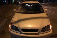 Сам автомобиль в аварии особо не пострадал — у него несильно разбито лобовое стекло.