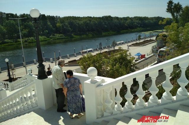 Прокуратура нашла новые нарушения при благоустройстве набережной Урала.