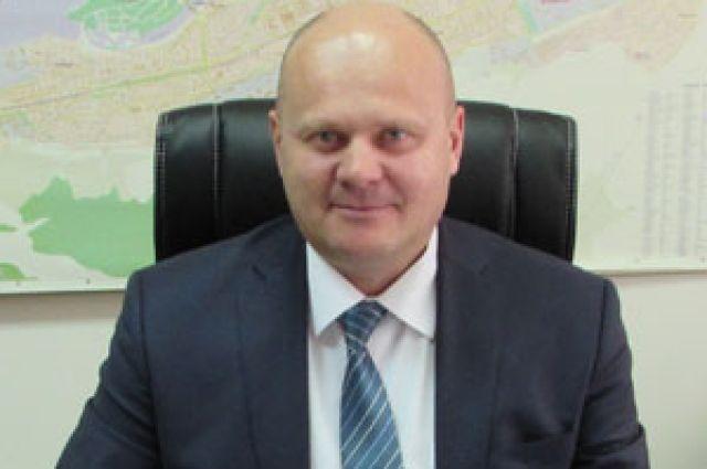 Владислав Логинов подтвердил журналистам факт обыска.