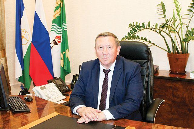 Глава администрации Рустам Мусин.