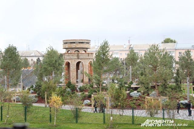 Творению кузнецов со всей России всё ещё не могут найти места в Кузбассе, хотя парк Ангелов уже открыт.