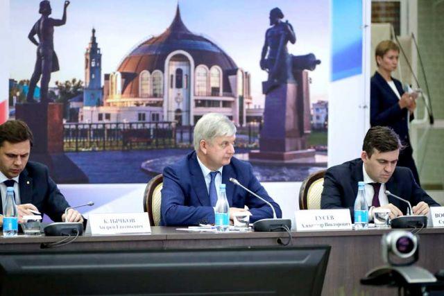 Александр Гусев рассказал о роли ОПК в развитии экономики Воронежской области.