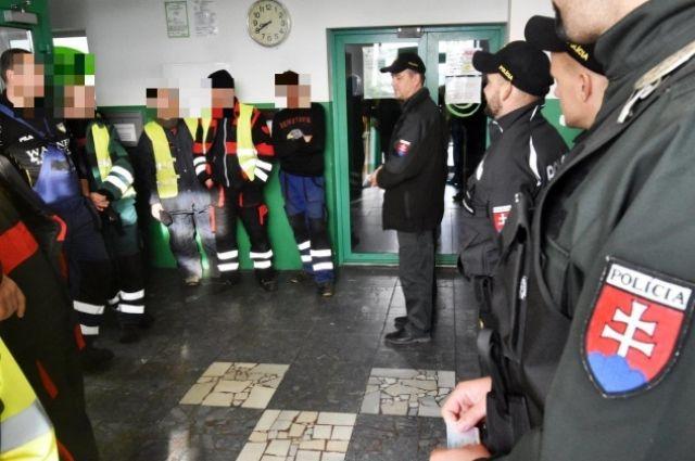 Из Словакии депортировали 16 украинцев, которые работали нелегально