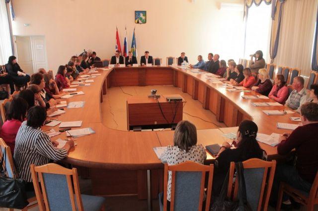 Совещания состоялись в Чулымском, Тогучинском, Бердском, Куйбышевском районах, городе Бердске и в соседних к ним муниципальных округах.