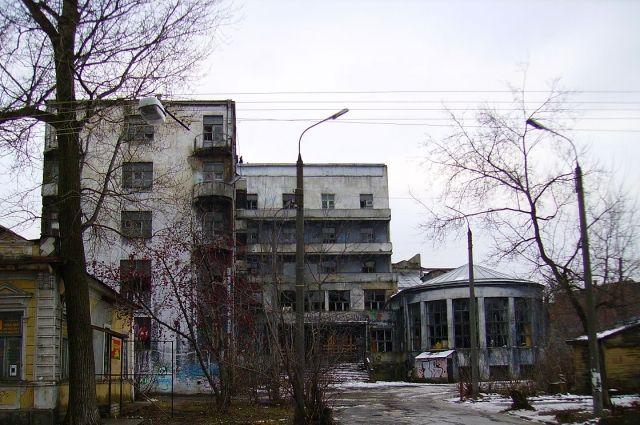 Объект культурного наследия на «золотой» земле десятилетиями разрушался.