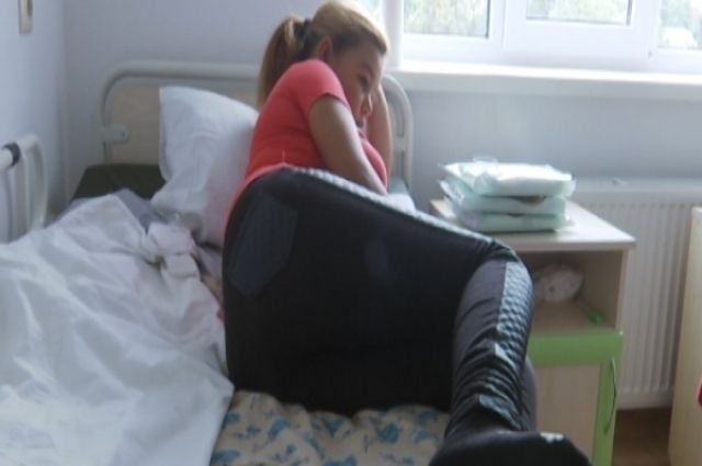 12-летняя мама со свалки: в Ровно юная мама отказалась от малыша