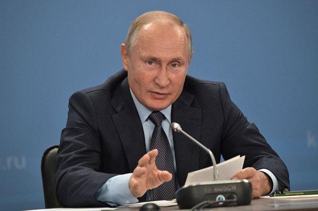 Путин пожелал избранным губернаторам работать «напряженно» весь срок