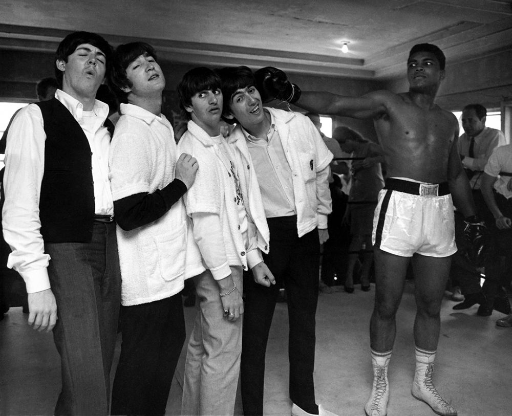 Джордж получает удар от Кассиуса Клея. Зал на 5-й улице. Майями. 1964