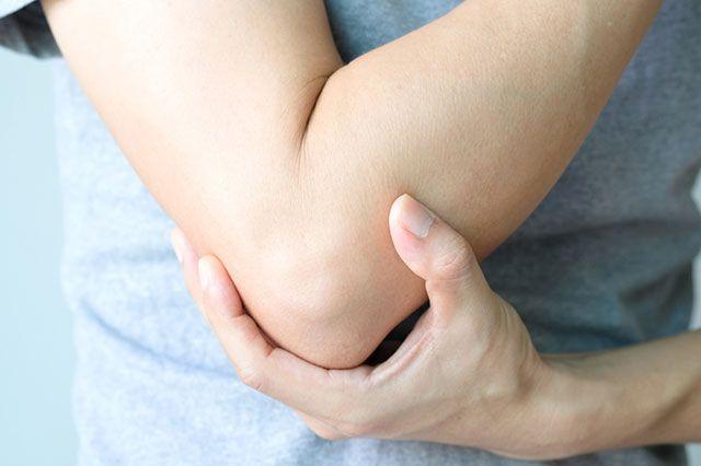О каких проблемах со здоровьем может говорить сухая кожа на локтях?