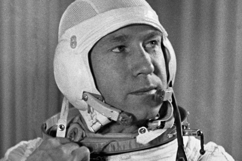 Космонавт Алексей Леонов перед космическим полетом на корабле «Восход-2».