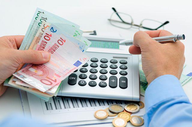 Нежелательная валюта. Почему банки «сворачивают» вклады в евро?