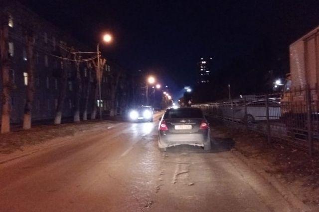 На месте аварии работали сотрудники ГИБДД. Им предстоит установить причины и обстоятельства дорожно-транспортного происшествия.