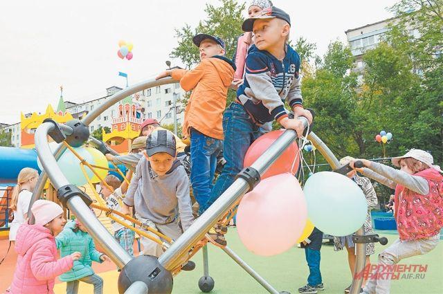 В этом году детских площадок в Тушине стало больше.