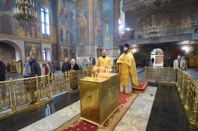 Панихида по Алексею Леонову прошла в Знаменском кафедральном соборе г. Кемерово