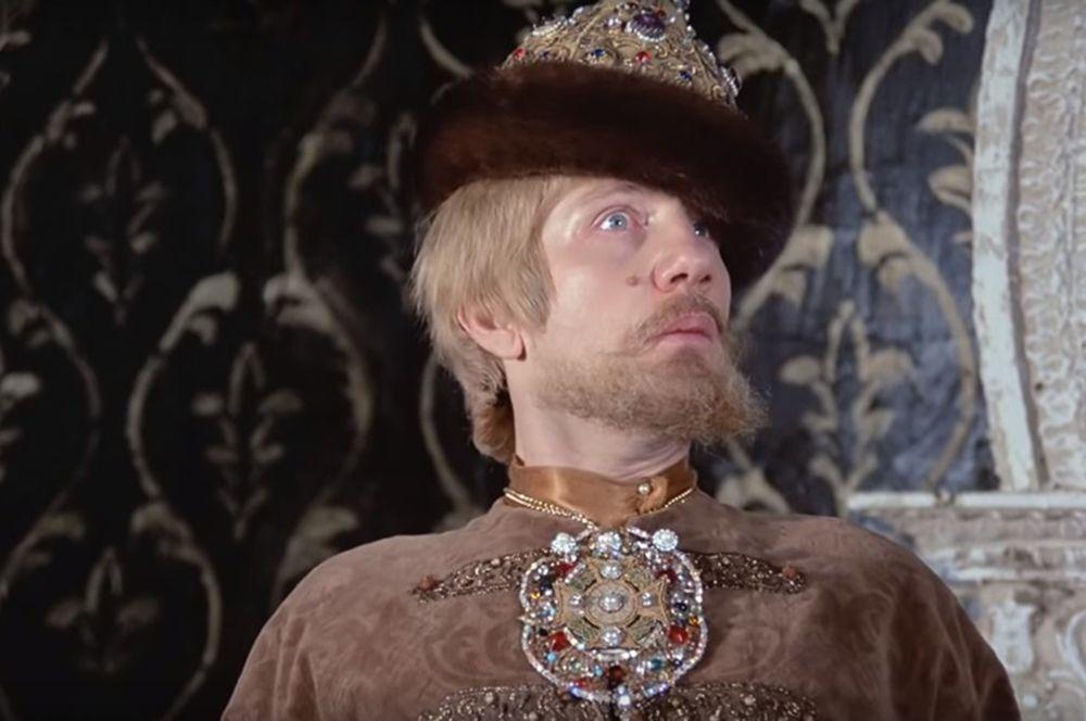 «Иван Васильевич меняет профессию» (1973) — дьяк Посольского Приказа Феофан.