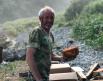 Геологи смастерили печь и готовили в ней вкусный хлеб