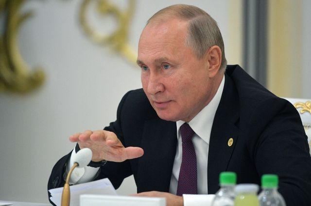 Путин высказался за возвращение Сирии в Лигу арабских государств