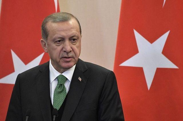 Эрдоган призвал Меркель выбрать между Турцией и курдскими формированиями