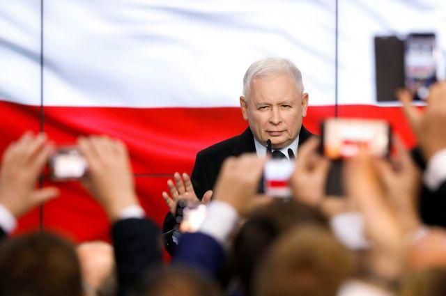 Партия Качиньского получит более половины мест в сейме Польши