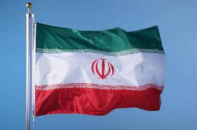 В Иране заявили, что на сигналы атакованного танкера никто не ответил