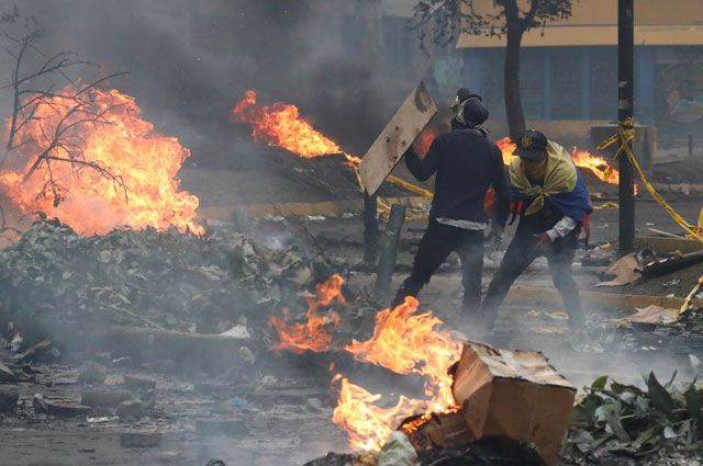 ООН: переговоры между властями Эквадора и протестантами отложили