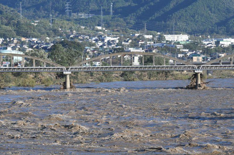 Река Чикума в префектуре Нагано.