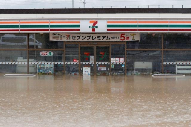 Число жертв тайфуна в Японии возросло до 47 человек