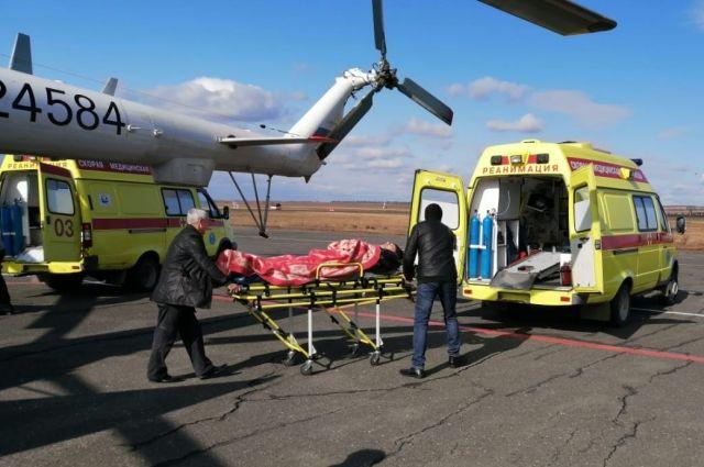 В Оренбург из Орска санавиацией доставлен пострадавший в ДТП подросток.