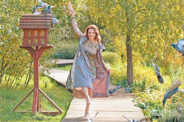 «Наш парк в Куркине — это сказочное место! Тишина, зелень, чистота, спокойствие и свежий воздух», — говорит актриса и певица Анна Зайцева (Лореанна).