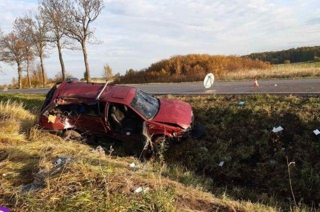 Из-за превышения скорости один человек погиб, четверо – госпитализированы
