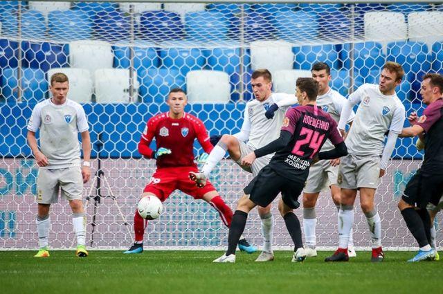 Кто решит, какие финансы нужны, например, для выхода нижегородских футболистов в премьер-лигу?