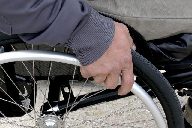 Инвалид-колясочник жил в непригодных условиях долгие годы